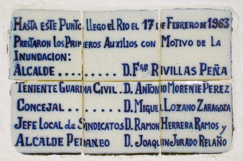 Placa riada en el Poblado de San Julian