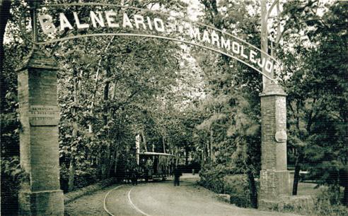 Antigua entrada al Balneario