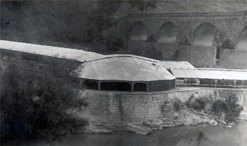 Vista de la cúpula de los manantiales