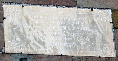 Placa conmemorativa de la reconstrucción de la Iglesia de Jesús