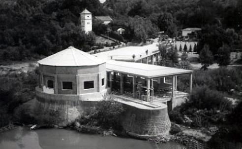 Vista de los manantiales del Balneario de Marmolejo - años 40